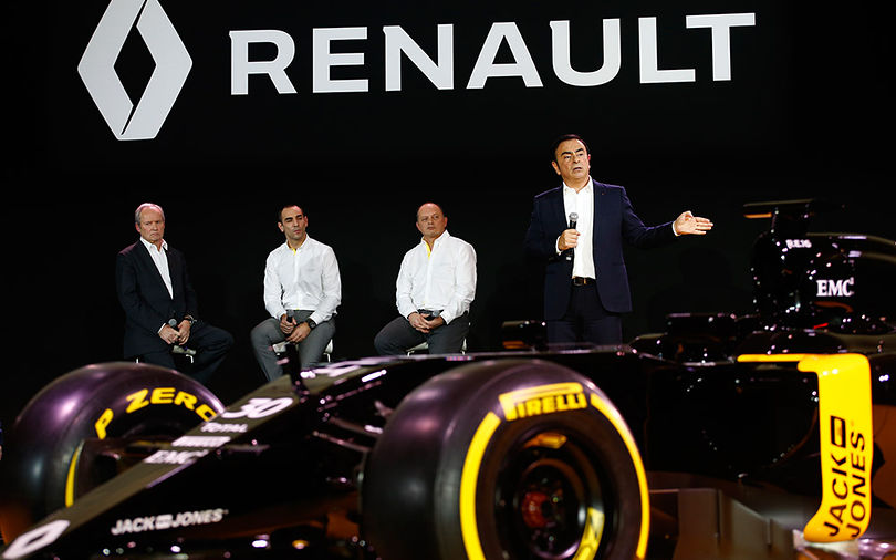 Renault shifts focus to next year's car