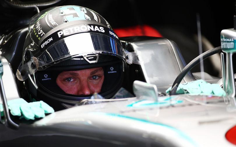 Rosberg takes Sochi pole, Hamilton sidelined again