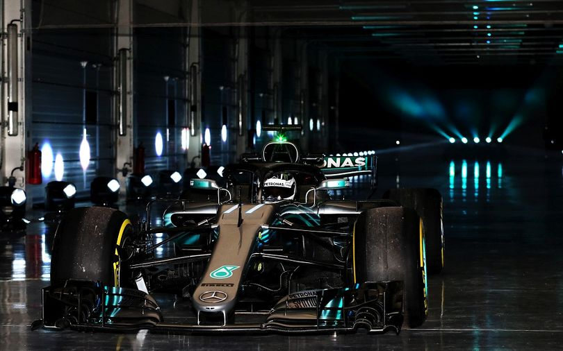 The W09 is 'awful lot quicker' – Mercedes