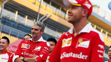 Arrivabene praises 'great racing' by Ferrari drivers