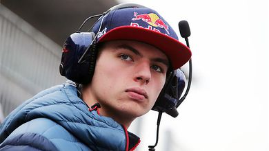 Criticism builds on Verstappen's racing tactics