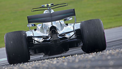 Mercedes finds cause of gearbox failures