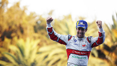 Lucas di Grassi wins in style in Mexico